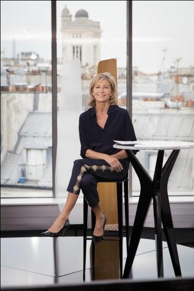 Comment s'appelait l'émission animée par Claire Chazal sur France 5 ?