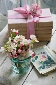 """À qui Ronsard dédiait-il le poème """"Cueillez dès aujourd'hui les roses de la vie"""" ?"""