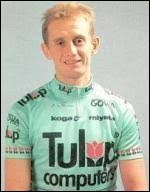 Ancien coureur belge ; il a participé 6 fois au Tour et remporté une étape en 1987 ; il est actuellement directeur sportif de l'équipe Lotto-Soudal.Il s'appelle Herman...