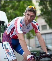 Il est né à Saint-Pétersbourg ; meilleur jeune du Tour de France en 2004 ; il a remporté le Tour de Catalogne et le Tour de Suisse en 2007.Il s'agit de Vladimir...