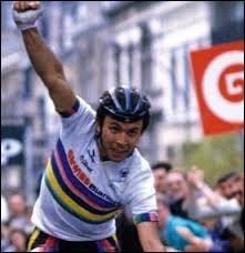 Champion d'Italie sur route 1983 et 1989 ; il a remporté 9 classiques et 15 étapes de grands tours ; il a participé 3 fois au Tour de France.C'est le grand Moreno...