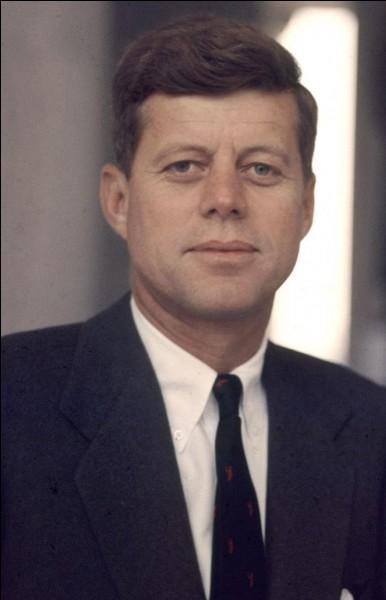 Comment s'appelle cet ancien président américain ?