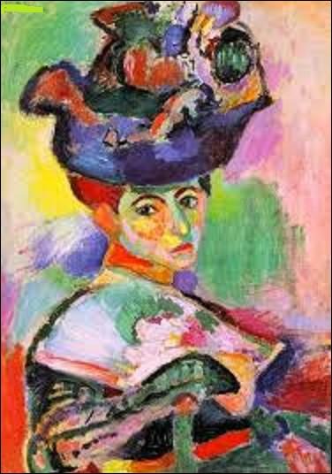 ''Femme au chapeau'' est l'un des tableaux les plus connus de ce fauviste. Réalisé en 1905, il représente l'épouse de l'artiste habillée de façon bourgeoise. Présenté au Salon d'automne de 1905, quel peintre est à l'origine de cette toile ?
