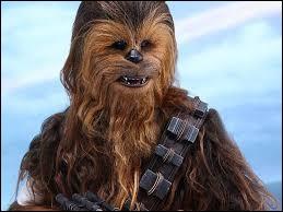 Quel acteur de 2,18 m s'est surtout fait connaître par son rôle de Chewbacca dans la saga Star Wars ?