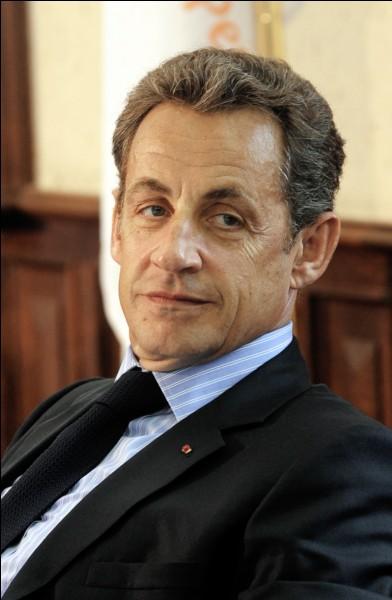 Ancien président français de 2007 à 2012, je suis...