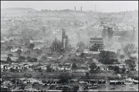 Quand la catastrophe industrielle de Bhopal en Inde a-t-elle eu lieu ?