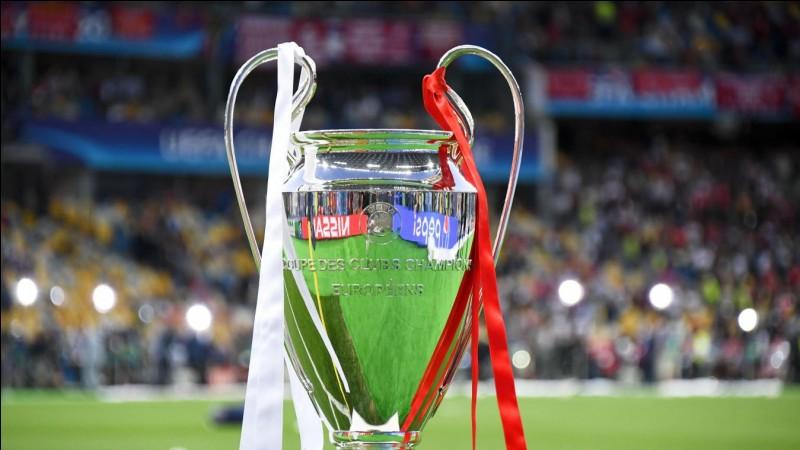 Quelle équipe était opposée au FC Barcelone en finale de Ligue des champions 2015 ?