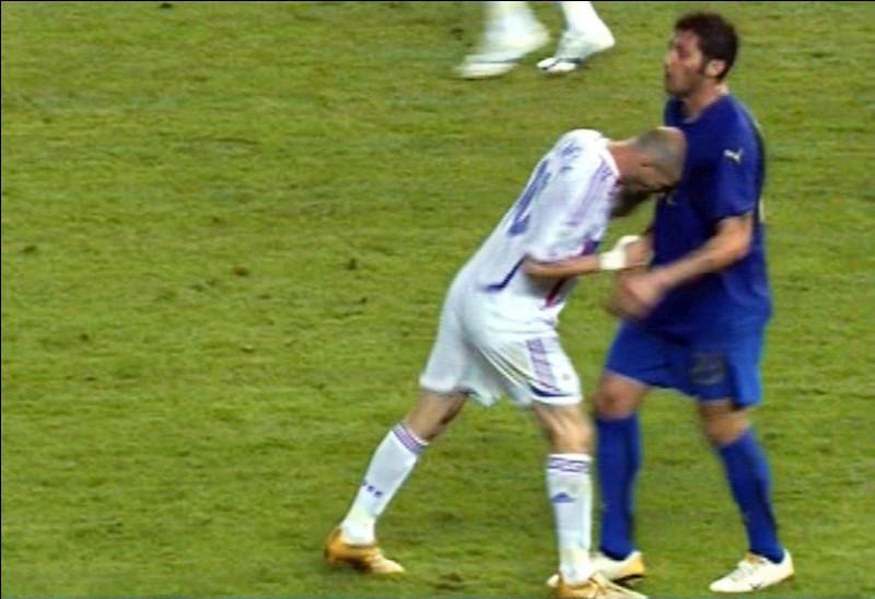 """En quelle année, Zidane a-t-il donné un """"coup de boule"""" à Materazzi lors d'une finale de Coupe du monde ?"""