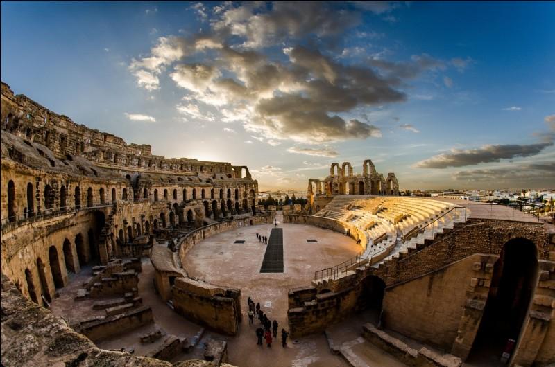 Voici l'amphithéâtre d'El Jem, datant du 3e siècle, dans quel pays le découvrirez-vous ?