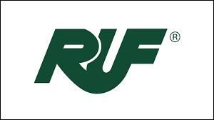 En préparant les modèles de quelle marque l'entreprise RUF a-t-elle acquis ses lettres de noblesse ?