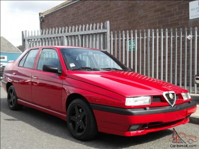 Quel est le modèle de cette Alfa Romeo ?