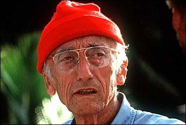 Son bonnet rouge a fait le tour des océans de la planète :