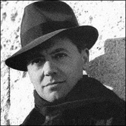 Il a organisé la résistance française sous l'occupation, et sous son chapeau souple :