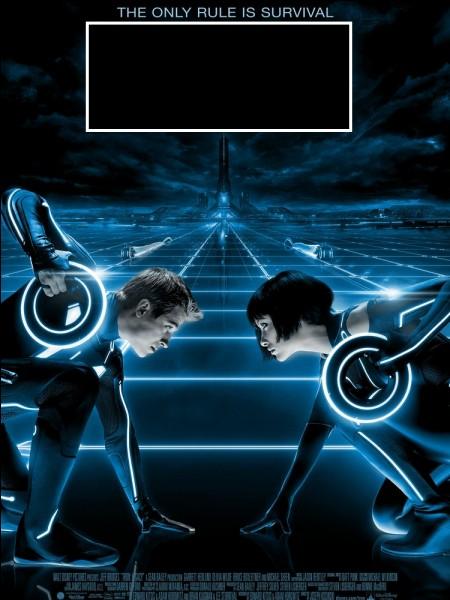 Le héros va rechercher son papa dans un cyber univers mortel sur le son de Daft Punk.C'est dans :