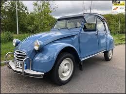 Quel est le nom de cette voiture incontournable ?