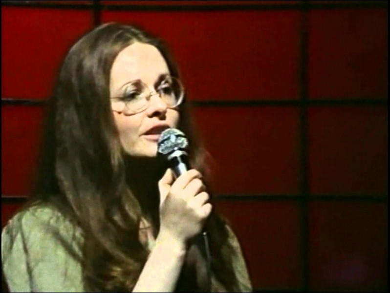Quel prénom portait ''Un garçon pas comme les autres'' dans la chanson de Fabienne Thibeault ?