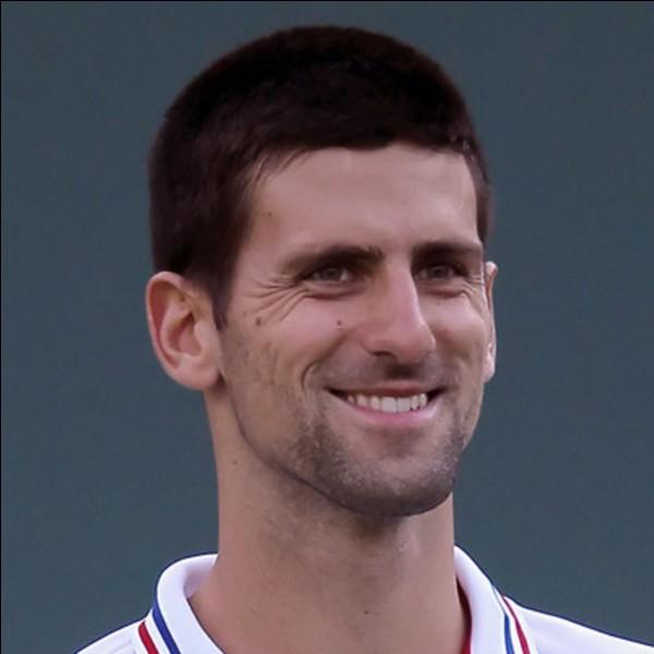 Je suis tennisman et je suis serbe :