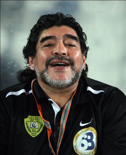 Qui est cet ancien footballeur argentin ?