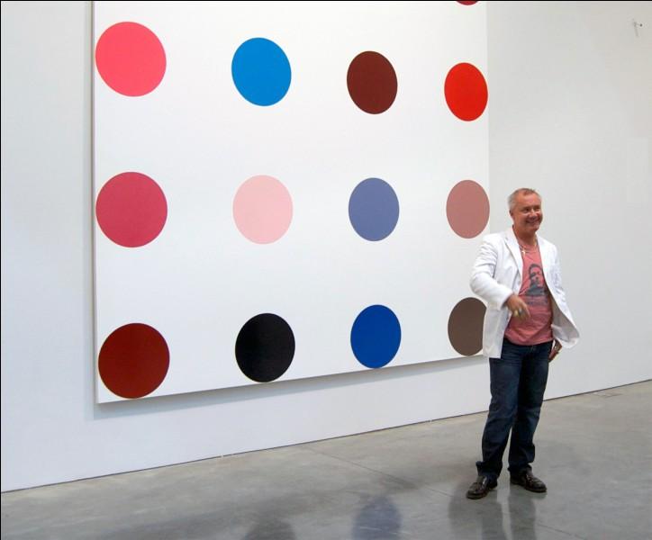 Qui a peint plus de mille toiles composées de taches ?