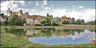 Nous sommes maintenant en Auvergne-Rhône-Alpes, à Billy. Commune de l'aire urbaine Vichyssoise, elle se situe dans le département ...