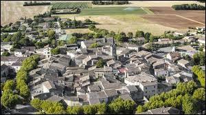 Je vous propose de rester en Auvergne-Rhône-Alpes et de partir à la découverte de Cléon-d'Andran. Village circulaire, dans l'arrondissement de Nyons, il se situe dans le département ...