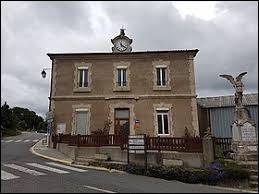 Nous sommes dans le département de l'Hérault, aux Rives. Commune sur la partie sud du plateau du Larzac, elle se situe en région ...