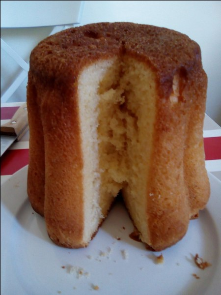 De quelle région française le gâteau battu (en photo) est-il une spécialité ?