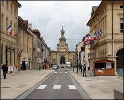 La ville de de Pontarlier se situe dans le département du Jura.