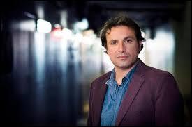 Bruno Salomone a fait partie de la bande d'humoristes 'Les Robins des Bois'.