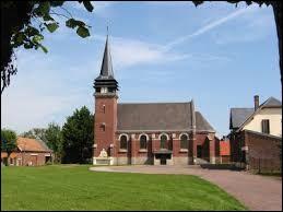 Commune des Hauts-de-France, dans l'arrondissement de Montdidier, Sauvillers-Mongival se situe dans le département ...
