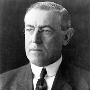 Années : 1913-1921Natif de : Virginie Parti : démocrate Fait : droit de vote des femmes De qui s'agit-il ?