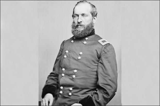 Années : 1881-1881Natif de : Ohio Parti : républicain Fait : assassiné par Charles J. Guiteau au bout de 6 mois d'investiture De qui s'agit-il ?