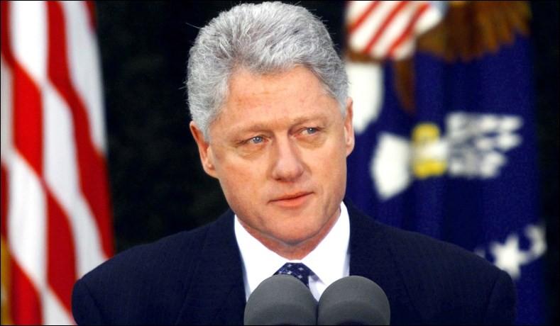 Années : 1993-2001Natif de : Arkansas Parti : démocrate Fait : affaire LewinskyDe qui s'agit-il ?