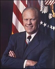 Années : 1974-1977Natif de : Nebraska Parti : républicain Fait : chute de Saïgon De qui s'agit-il ?