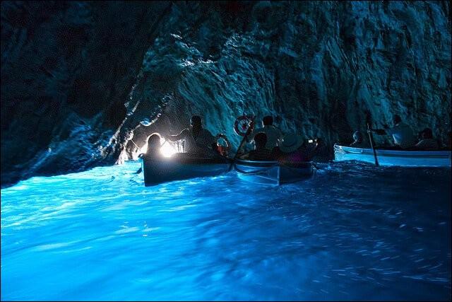 Bonjour Tata ! Je viens de me baigner dans la grotte bleue en...