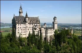 Chère Kelly, ce matin j'ai visité ce château en...