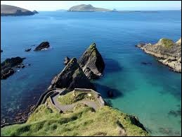 Comment est surnommée l'Irlande ?