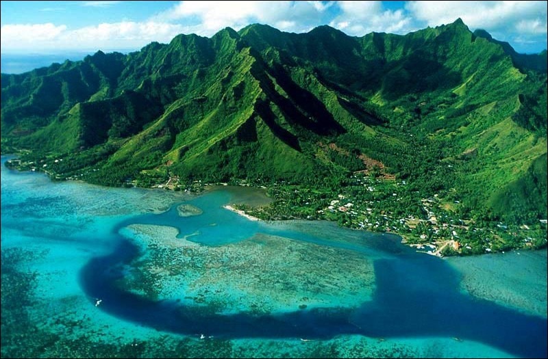 """Quelle île est surnommée : """" La perle des Antilles """" ?"""