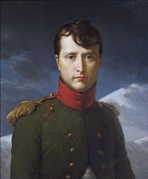 """Comment était surnommé Napoléon Bonaparte : """"Le petit..."""" ?"""