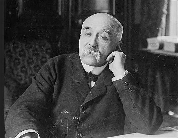 Par quel nom de félin était surnommé Georges Clemenceau ?