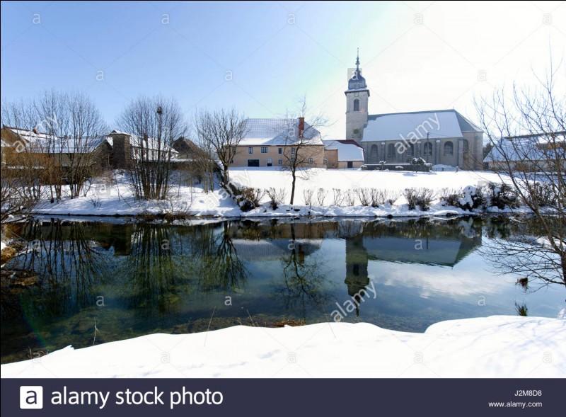 Quel est ce village, le plus froid de France, où il gèle en moyenne 176 jours par an, où il fait régulièrement -20° et où il y a chaque hiver 24 jours sans dégel ?