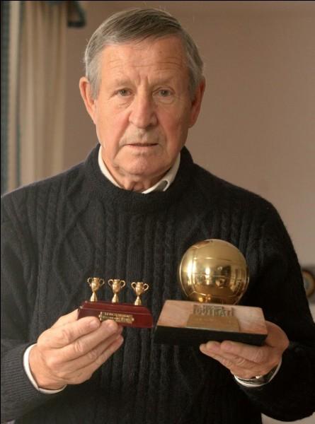 Quand Raymond Kopa a-t-il été le premier footballeur français à recevoir le Ballon d'Or ?