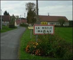 Nous sommes dans l'ancienne région Bourgogne à l'entrée de La Nocle-Maulais. Nous nous situons dans le département ...