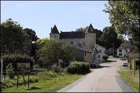 Je vous propose de rester dans le Grand-Est et de partir à la découverte du château Renaissance de Mailly-sur-Seille. Village de l'arrondissement de Nancy, il se situe dans le département ...