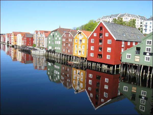 La ville de Trondheim se situe dans le pays du Danemark.