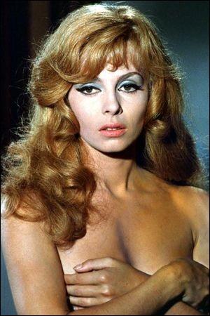 Quand Michèle Mercier devient marquise des anges, avec qui partage-t-elle l'affiche ?