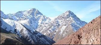 Pays : Maroc Hauteur : 4 167 mMassif : Haut AtlasPremière ascension : 1923. René de SegonzacQuel est ce sommet ?