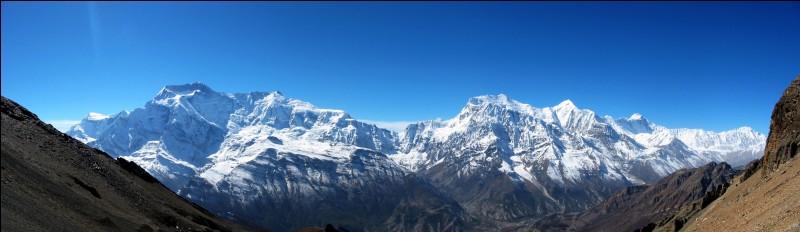 Pays : Népal Hauteur : 8 091 m Massif : HimalayaPremière ascension : 1950. Maurice HerzogQuel est ce sommet ?