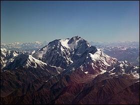 Pays : Pakistan Hauteur : 8 125 mMassif : HimalayaPremière ascension : 1953. Hermann BuhlQuel est ce sommet ?