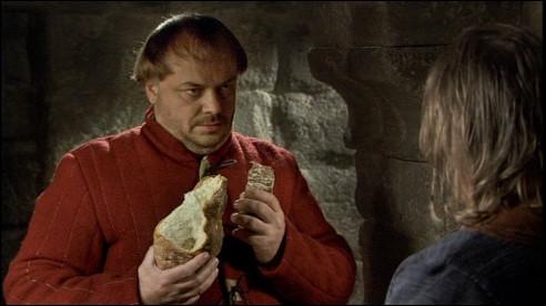 Lorsque Karadoc et Perceval créent leur clan autonome, où dort logiquement Kadoc ?